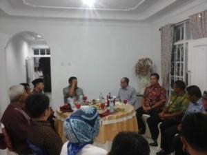 Gubernur Sulawesi Utara, Olly Dondokambey, saat menggelar pertemuan dengan Kepala Daerah se-BMR dan juga Panitia Pembentukan Provinsi Bolaang Mongondow Raya