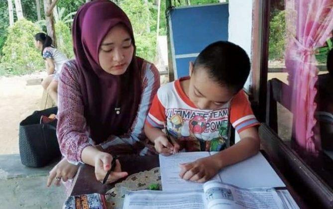 Proses kegiatan belajar mengajar dirumah